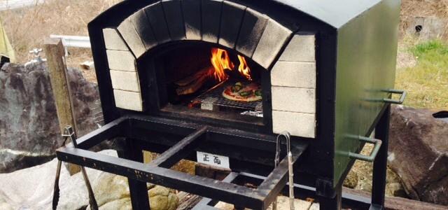 ピザを焼いてみました。